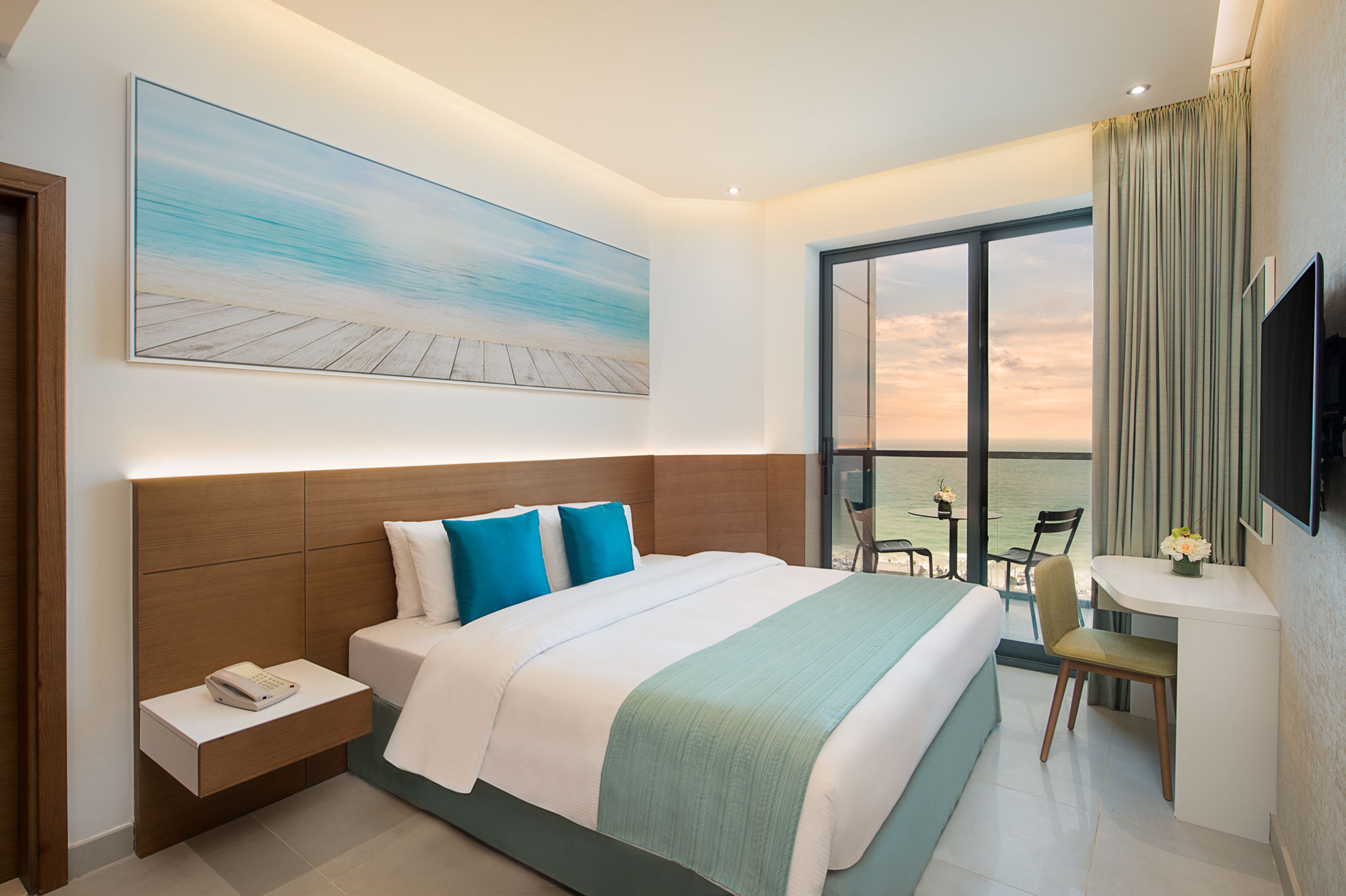 Wyndham Garden Ajman | Book Hotel Rooms Now
